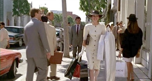 "Julia Roberts shopping in ""Pretty Woman"""