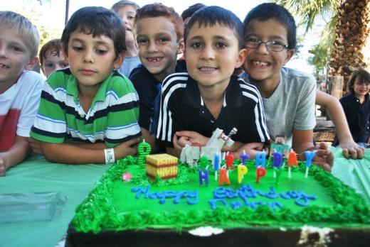 Cake_Dylan&Friends2