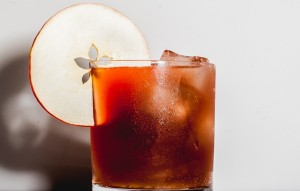 honey-apple-cocktail-1-940x600
