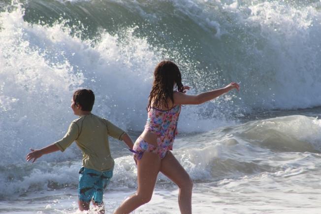 Beach_RunforLives1